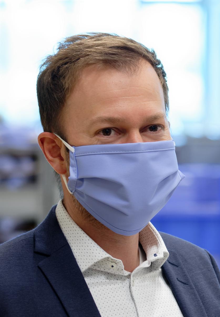 Mund-Nasen-Maske mit Gummibändern